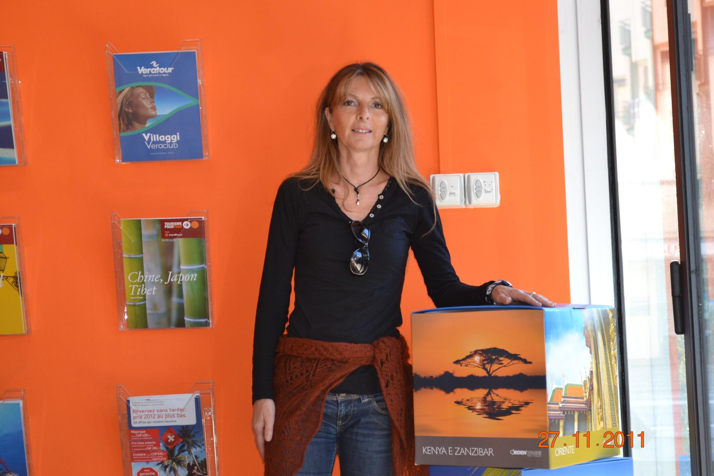 Elena in agenza